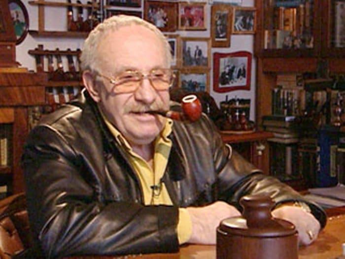 Один из лучших отечественных сценаристов | Фото: 1tvnet.ru