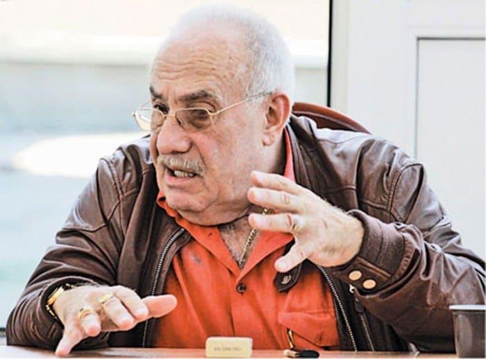 Автор сценариев к легендарным фильмам Эдуард Володарский | Фото: 1tvnet.ru