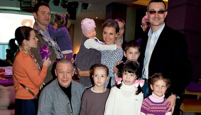 Учредители фонда *Я есть!*   Фото: 2aktera.ru
