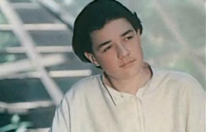 Егор Бероев в фильме-спектакле *Посвящение в любовь*, 1994   Фото: kino-teatr.ru