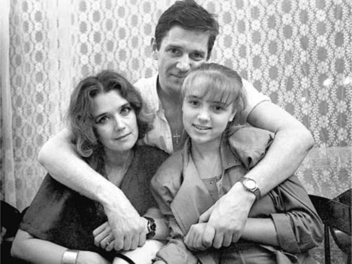 Александр Абдулов, Ирина Алферова и Ксения | Фото: factroom.ru