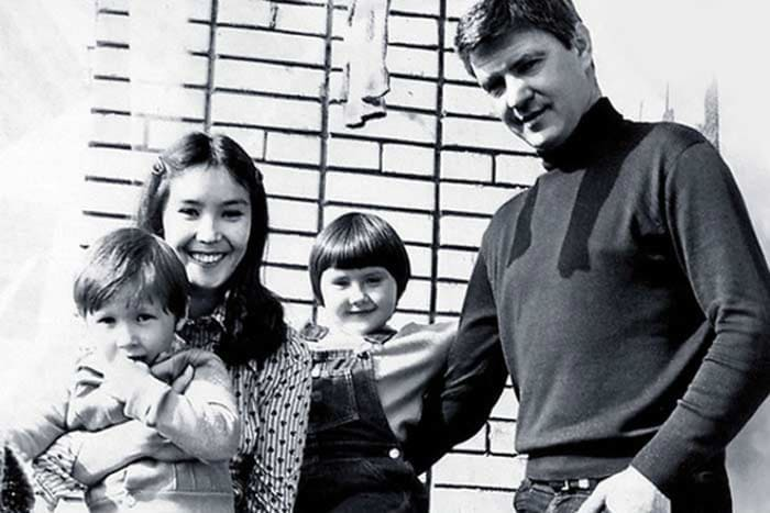 Наталья Аринбасарова со вторым мужем, Николаем Двигубским, и детьми | Фото: 24smi.org