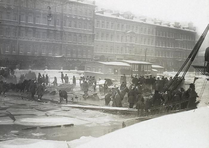 Обрушение Египетского моста, 1905 | Фото: oldsp.ru