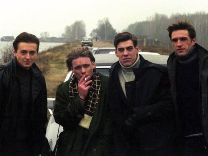 Главные герои сериала *Бригада* | Фото: kino-teatr.ru