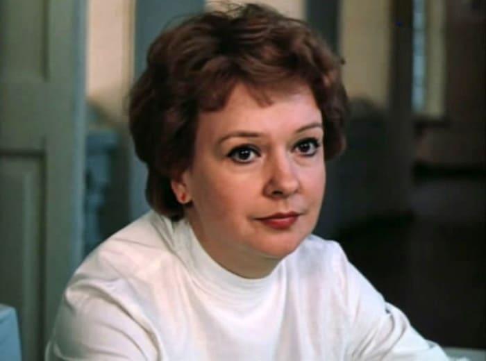 Екатерина Маркова в фильме *Третий в пятом ряду*, 1984 | Фото: kino-teatr.ru