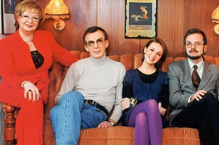 Екатерина Маркова с семьей | Фото: 7days.ru