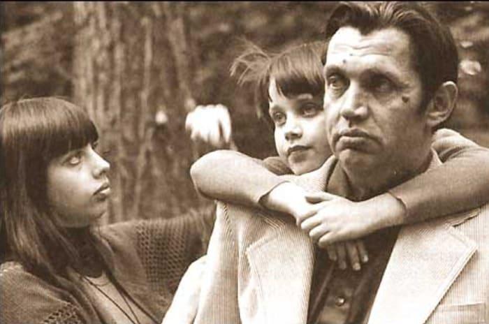 Екатерина с отцом и сестрой   Фото: 24smi.org