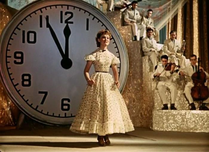 Кадр из фильма *Карнавальная ночь*, 1956 | Фото: kino-teatr.ru