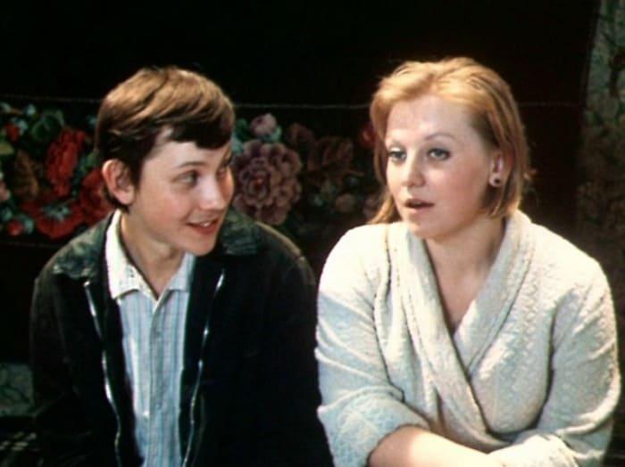 Владимир Изотов и Светлана Крючкова в фильме *Старший сын*, 1975 | Фото: kino-teatr.ru