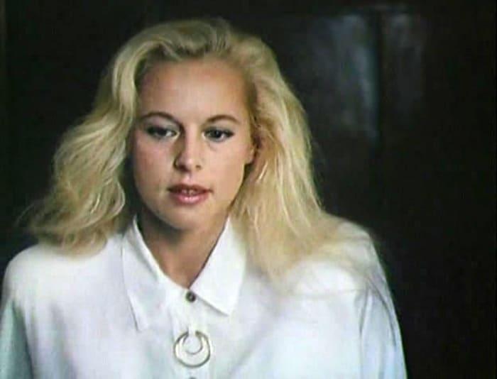 Кадр из фильма *Номер люкс для генерала с девочкой*, 1991 | Фото: kino-teatr.ru