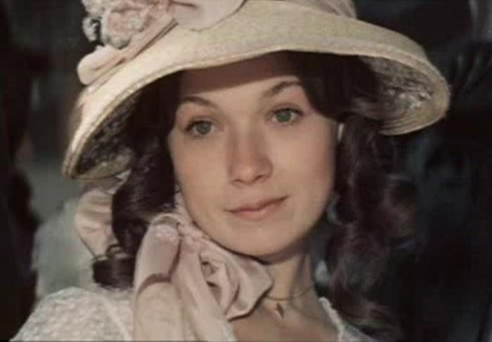 Елена Коренева в фильме *Ася*, 1977 | Фото: kino-teatr.ru