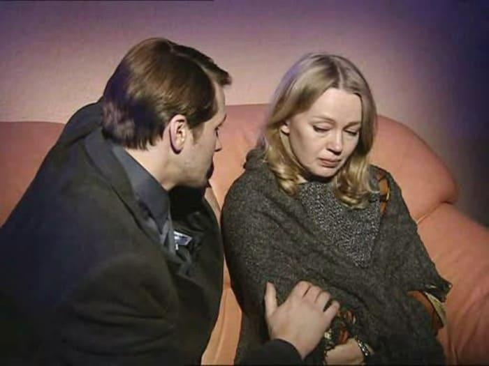 Кадр из сериала *Крот-2*, 2002 | Фото: kino-teatr.ru