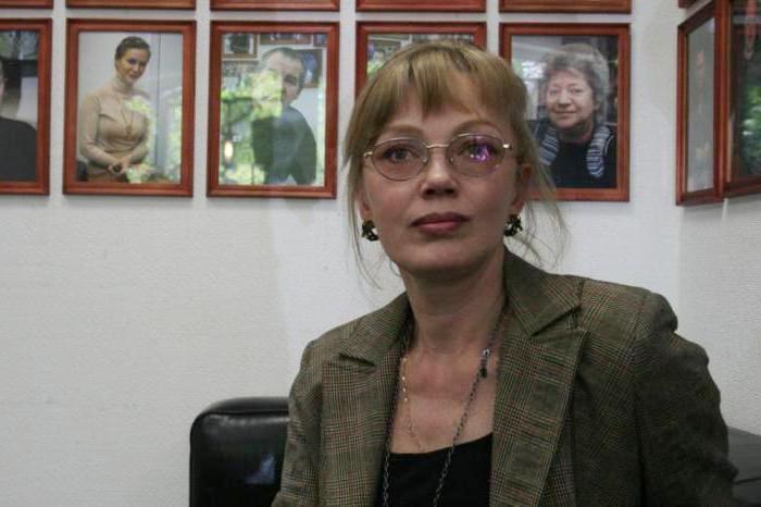 Актриса театра и кино, народная артистка России Елена Попова | Фото: syl.ru