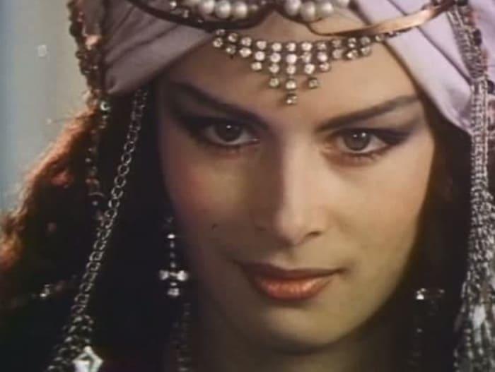 Елена Тонунц в фильме *Последняя ночь Шахерезады*, 1987 | Фото: kino-teatr.ru