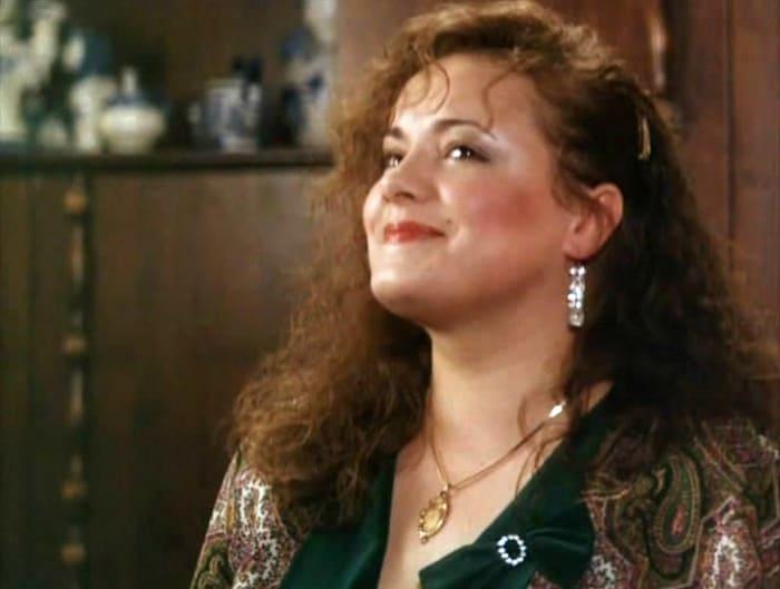 Елена Цыплакова в фильме *За прекрасных дам!*, 1989 | Фото: kino-teatr.ru