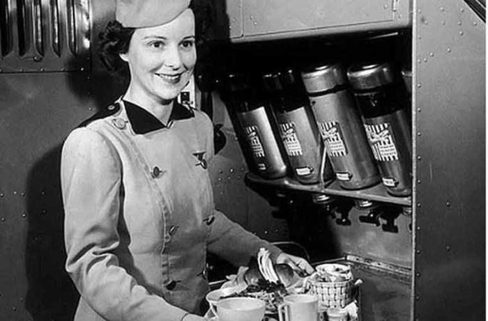 Первая в мире стюардесса Эллен Черч, Ellen Church