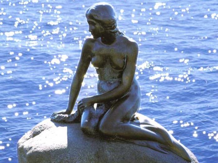 Самая знаменитая достопримечательность Копенгагена | Фото: vovet.ru
