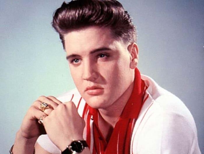 Легендарный американский певец Элвис Пресли | Фото: korrespondent.net