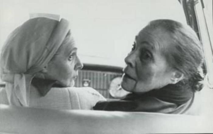 Сестры Лиля Брик и Эльза Триоле. Париж, 1959