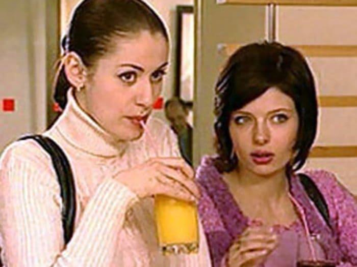 Анна Ковальчук и Эмилия Спивак в сериале *Тайны следствия-4*, 2004 | Фото: kino-teatr.ru