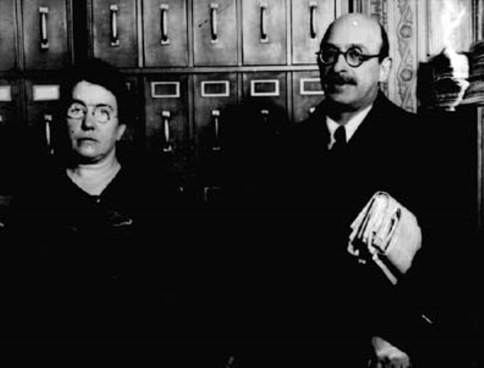 Эмма Голдман и Александр Беркман на слушании дела об их депортации из США   Фото: ushistory.ru