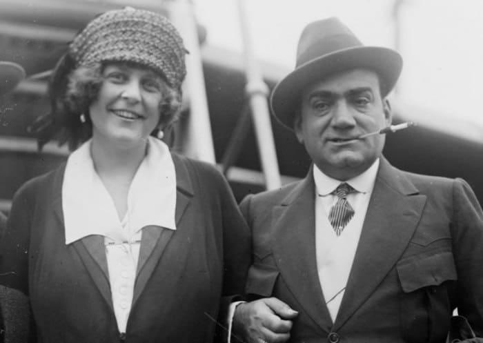 Энрико Карузо и его вторая жена Дороти Парк Бенджамин | Фото: 24smi.org