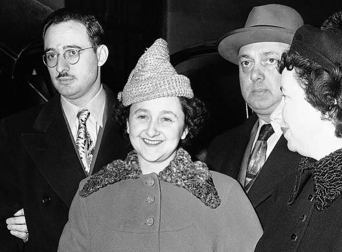 *Атомные шпионы* супруги Розенберг во время суда | Фото: regnum.ru
