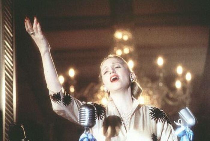 Кадр из фильма *Эвита*, 1996 | Фото: kinoanons.ru