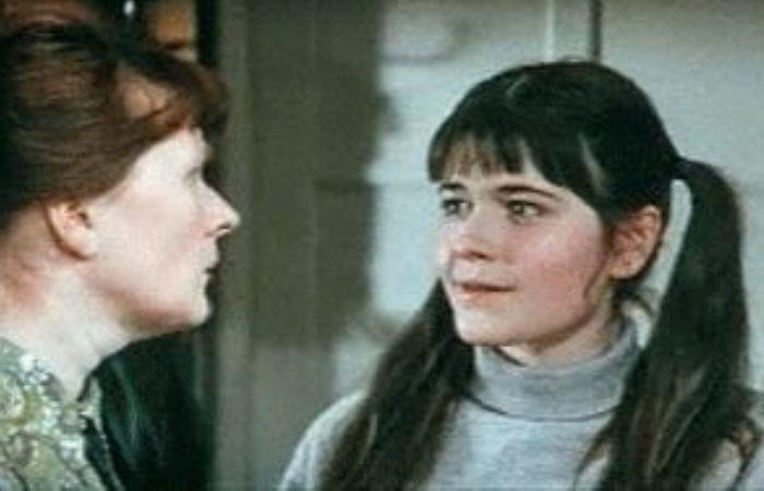 Евгения Сабельникова в фильме *Учитель пения*, 1972 | Фото: kino-teatr.ru