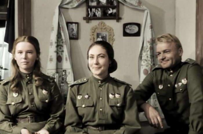 Кадр из фильма *В бой идут одни старики*, 1973 | Фото: aif.ru