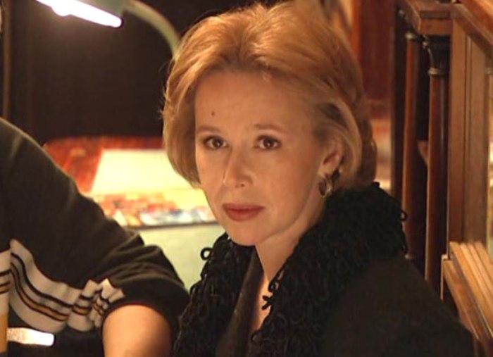 Кадр из фильма *Не покидай меня, любовь!*, 2001 | Фото: kino-teatr.ru
