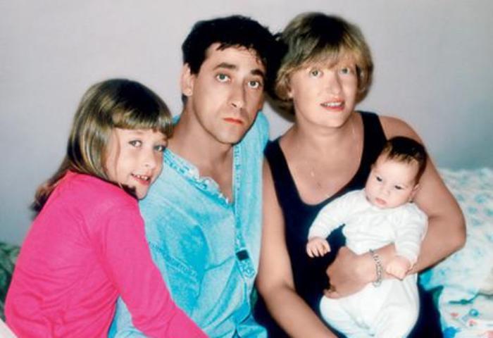 Актер с женой и детьми | Фото: womanhit.ru