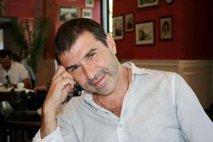 Писатель, режиссер, актер и музыкант Евгений Гришковец   Фото: biografii.net