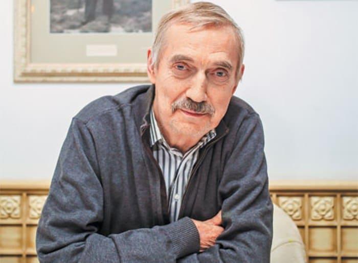 Народный артист РСФСР Евгений Киндинов | Фото: tele.ru
