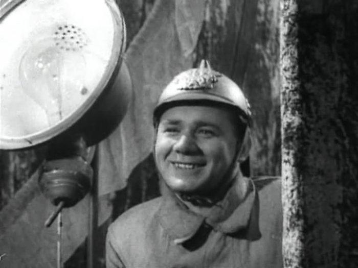 Кадр из фильма *Счастливый рейс*, 1949 | Фото: kino-teatr.ru
