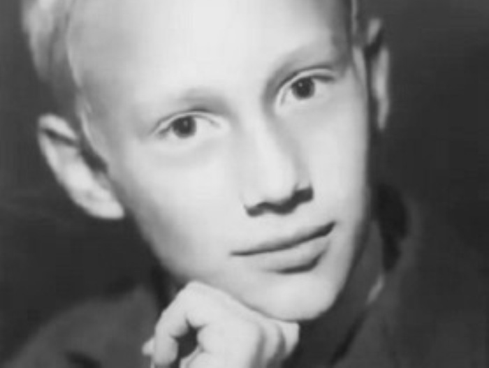 Евгений Сидихин в детстве | Фото: kino-teatr.ru