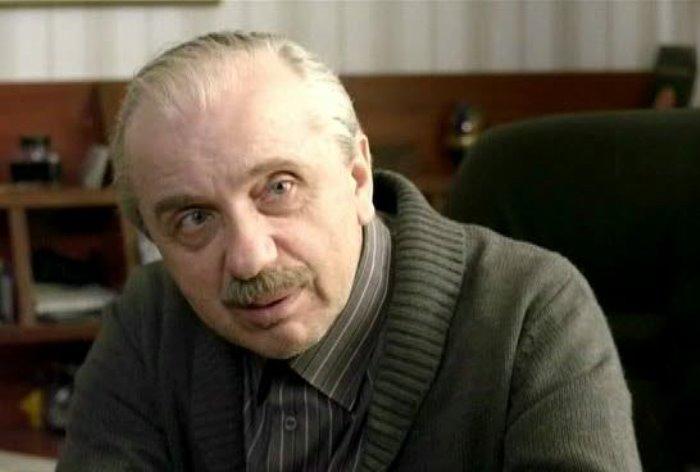 Евгений Стеблов в фильме *Жить дальше*, 2013 | Фото: kino-teatr.ru