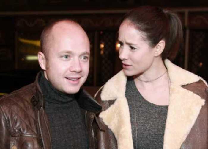 Актер со второй женой, актрисой Ольгой Сутуловой | Фото: 2000culture.com