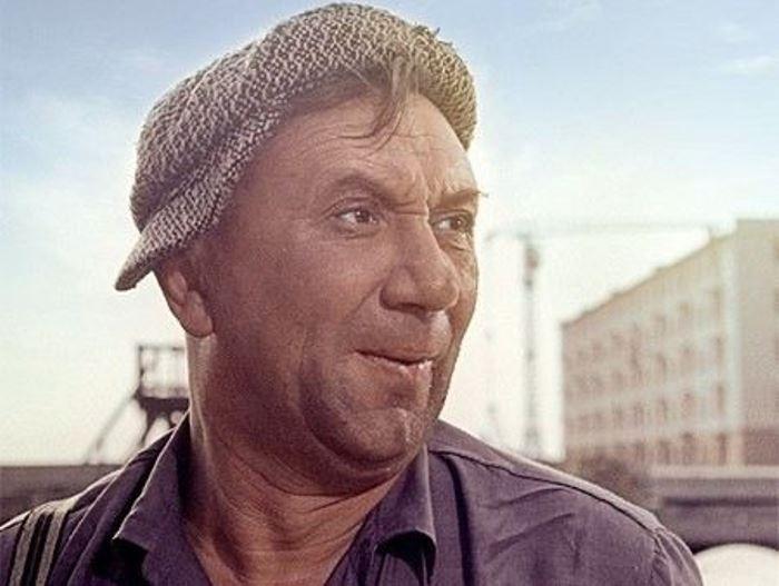 Актер Алексей Смирнов | Фото: uznayvse.ru