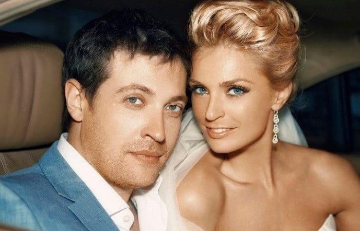 Саша Савельева с мужем, актером Кириллом Сафоновым   Фото: uznayvse.ru