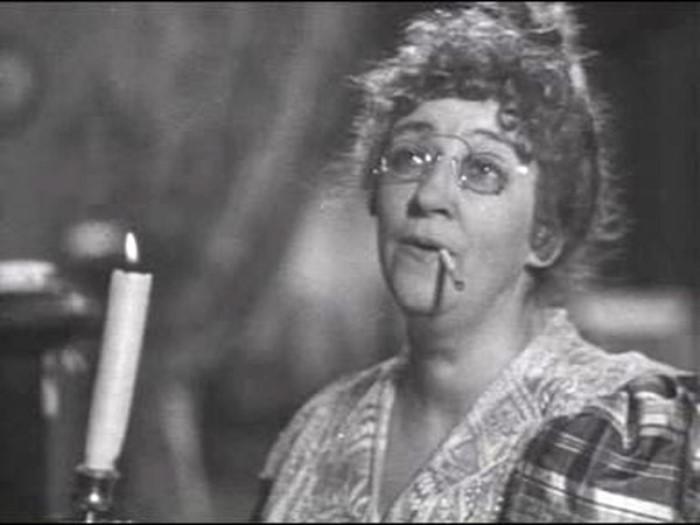 Кадр из фильма *Человек в футляре*, 1939 г.