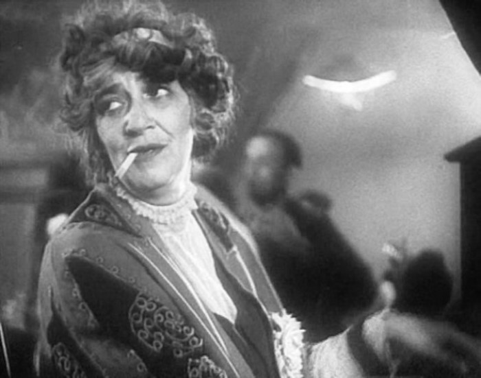 Кадр из фильма *Александр Пархоменко*, 1942 г.