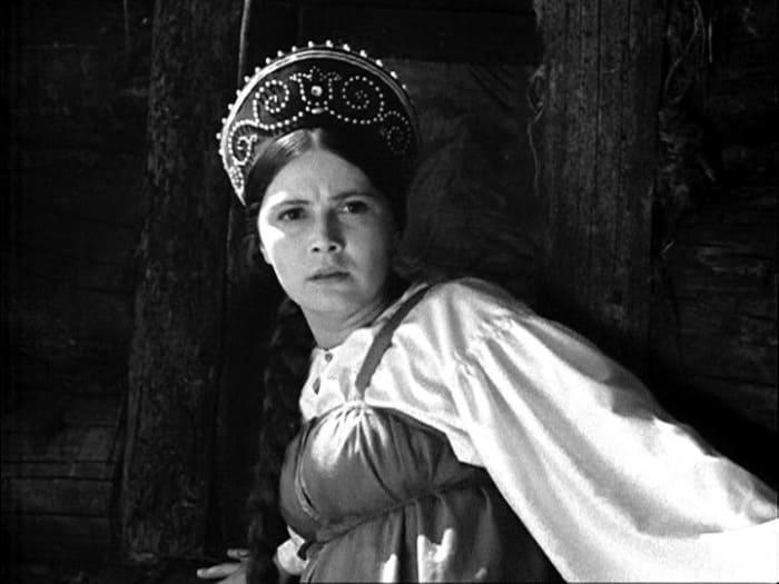 Валентина Сорогожская в фильме *Василиса Прекрасная*, 1939 | Фото: kino-teatr.ru