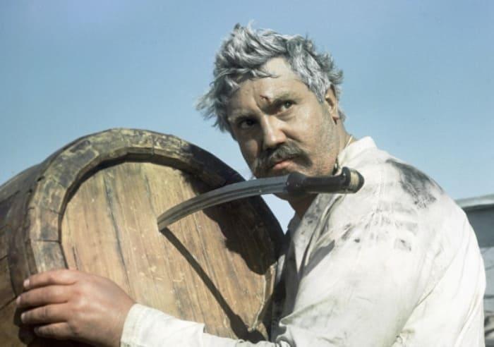 Павел Луспекаев в фильме *Белое солнце пустыни*, 1969 | Фото: rg.ru