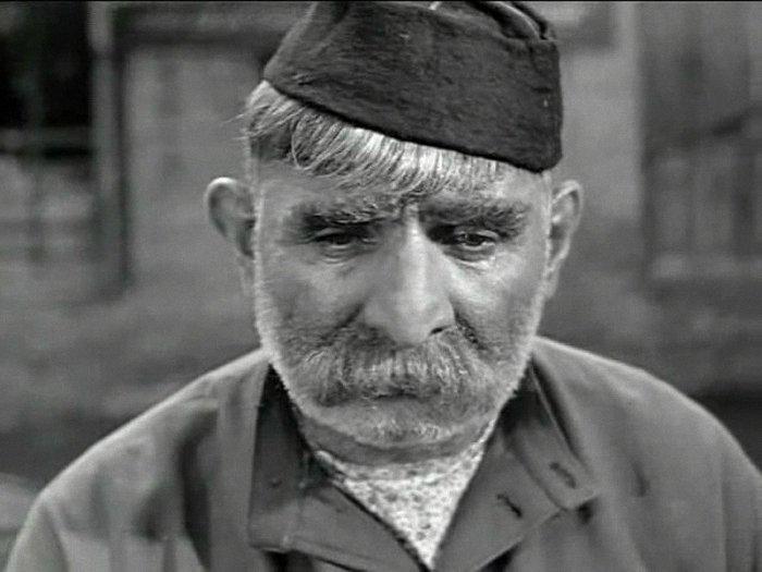 Серго Закариадзе в фильме *Отец солдата*, 1964 | Фото: parashutov.livejournal.com
