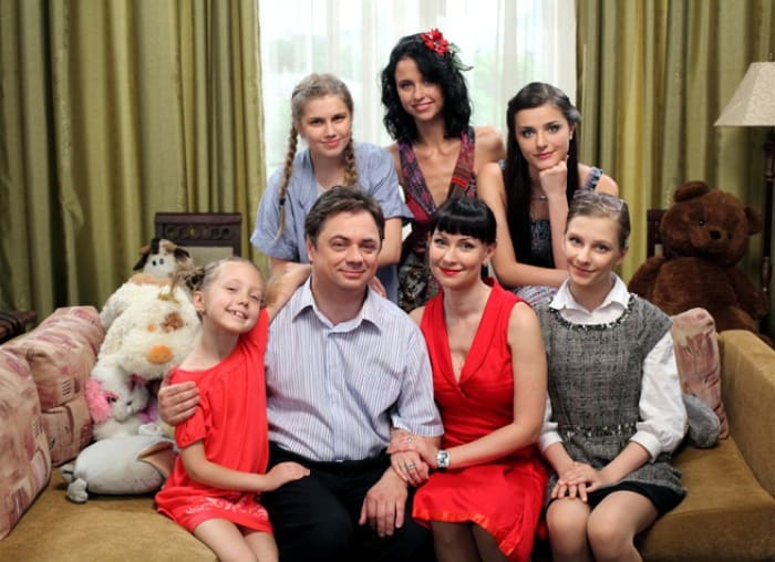 Главные герои сериала *Папины дочки* | Фото: 24smi.org