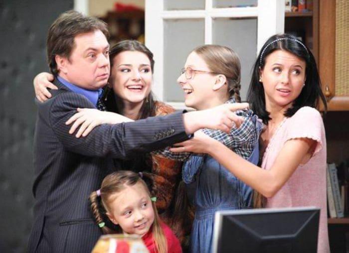 Герои сериала *Папины дочки* | Фото: kino-teatr.ru