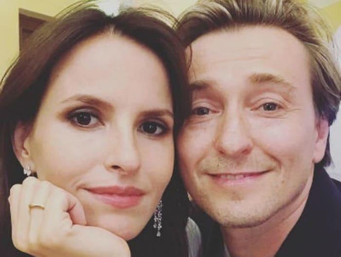Сергей Безруков с женой, Анной Матисон | Фото: starhit.ru