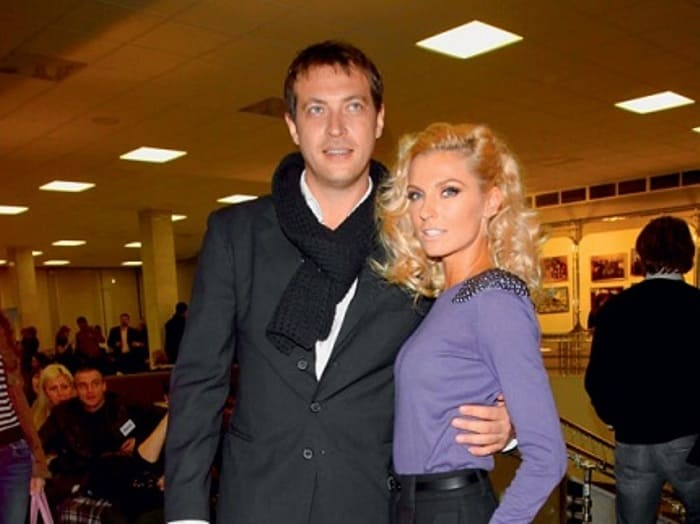 Актер с женой | Фото: kto-zhena.ru