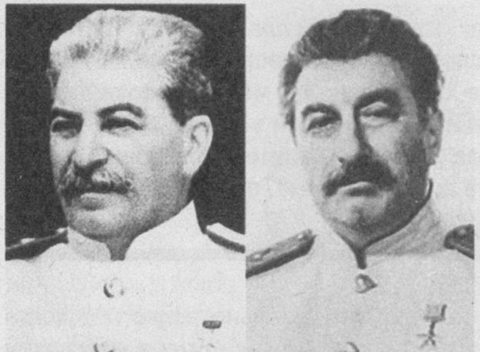 Сталин (слева) и его двойник Феликс Дадаев | Фото: sfw.so